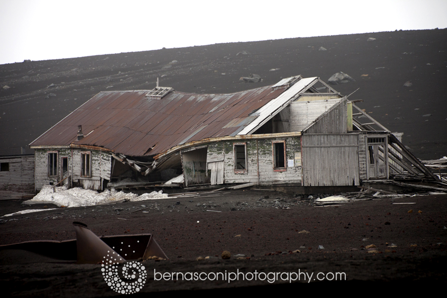 An old hut - Deception Island