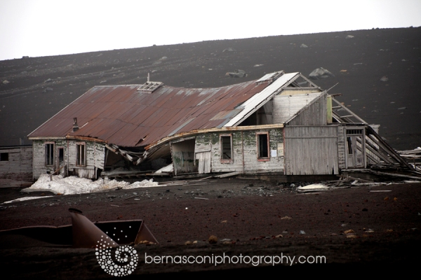 An old hut - Deception Island